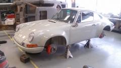 Porsche 911 ST stands